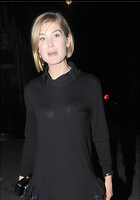 Celebrity Photo: Rosamund Pike 1398x1994   172 kb Viewed 56 times @BestEyeCandy.com Added 44 days ago