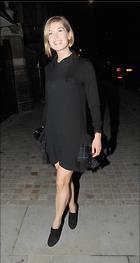 Celebrity Photo: Rosamund Pike 2027x3811   563 kb Viewed 34 times @BestEyeCandy.com Added 67 days ago