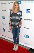 Celebrity Photo: Julie Bowen 1933x3000   592 kb Viewed 37 times @BestEyeCandy.com Added 36 days ago