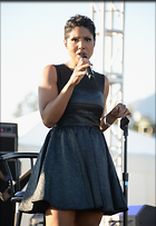 Celebrity Photo: Toni Braxton 1104x1600   589 kb Viewed 37 times @BestEyeCandy.com Added 264 days ago
