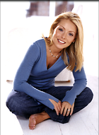 Celebrity Photo: Kelly Ripa 900x1227   512 kb Viewed 145 times @BestEyeCandy.com Added 211 days ago