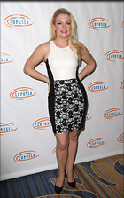 Celebrity Photo: Melissa Joan Hart 1885x3000   425 kb Viewed 88 times @BestEyeCandy.com Added 64 days ago
