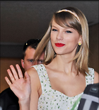 Celebrity Photo: Taylor Swift 2702x3000   783 kb Viewed 55 times @BestEyeCandy.com Added 42 days ago