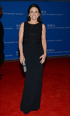 Celebrity Photo: Julia Louis Dreyfus 1877x3114   543 kb Viewed 29 times @BestEyeCandy.com Added 39 days ago
