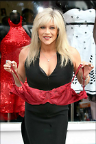 Celebrity Photo: Samantha Fox 800x1200   86 kb Viewed 258 times @BestEyeCandy.com Added 139 days ago