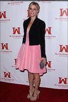 Celebrity Photo: Julie Bowen 2585x3877   764 kb Viewed 110 times @BestEyeCandy.com Added 271 days ago