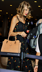 Celebrity Photo: Taylor Swift 1115x1920   911 kb Viewed 22 times @BestEyeCandy.com Added 23 days ago