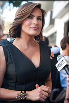 Celebrity Photo: Mariska Hargitay 1996x3000   571 kb Viewed 149 times @BestEyeCandy.com Added 229 days ago