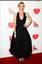 Celebrity Photo: Julie Bowen 2000x3000   503 kb Viewed 68 times @BestEyeCandy.com Added 235 days ago