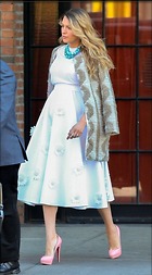 Celebrity Photo: Blake Lively 567x1024   117 kb Viewed 32 times @BestEyeCandy.com Added 24 days ago