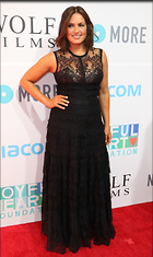 Celebrity Photo: Mariska Hargitay 1787x3000   531 kb Viewed 163 times @BestEyeCandy.com Added 227 days ago