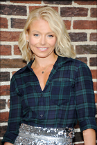 Celebrity Photo: Kelly Ripa 2100x3150   580 kb Viewed 51 times @BestEyeCandy.com Added 14 days ago