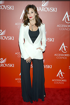 Celebrity Photo: Gina Gershon 2100x3150   632 kb Viewed 25 times @BestEyeCandy.com Added 87 days ago
