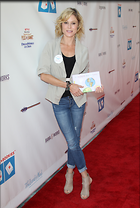 Celebrity Photo: Julie Bowen 2400x3564   874 kb Viewed 41 times @BestEyeCandy.com Added 47 days ago