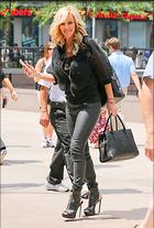 Celebrity Photo: Jenny McCarthy 2030x3000   763 kb Viewed 43 times @BestEyeCandy.com Added 25 days ago