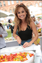 Celebrity Photo: Giada De Laurentiis 640x960   82 kb Viewed 100 times @BestEyeCandy.com Added 41 days ago
