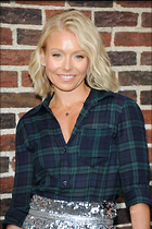 Celebrity Photo: Kelly Ripa 2100x3150   580 kb Viewed 71 times @BestEyeCandy.com Added 14 days ago