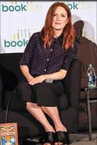 Celebrity Photo: Julianne Moore 2000x3000   911 kb Viewed 32 times @BestEyeCandy.com Added 41 days ago