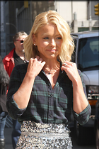 Celebrity Photo: Kelly Ripa 2067x3100   834 kb Viewed 32 times @BestEyeCandy.com Added 14 days ago
