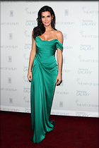 Celebrity Photo: Angie Harmon 1667x2500   416 kb Viewed 14 times @BestEyeCandy.com Added 69 days ago